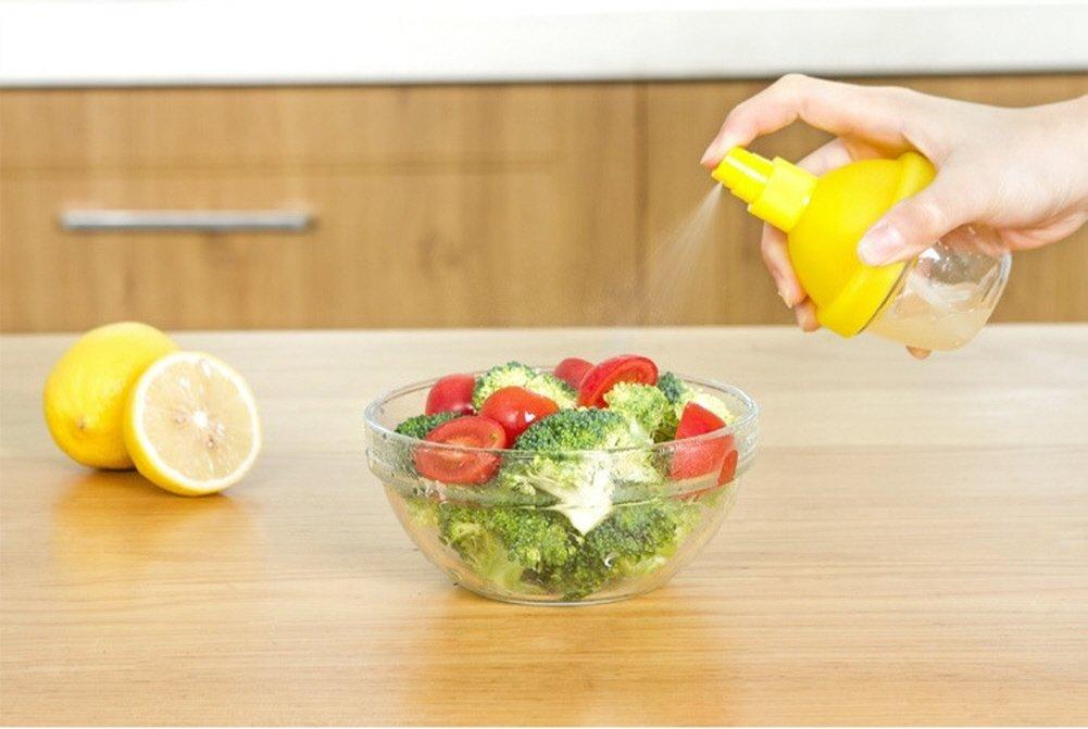 Kitchen Gadgets Citrus Manual Juicer and Sprayer