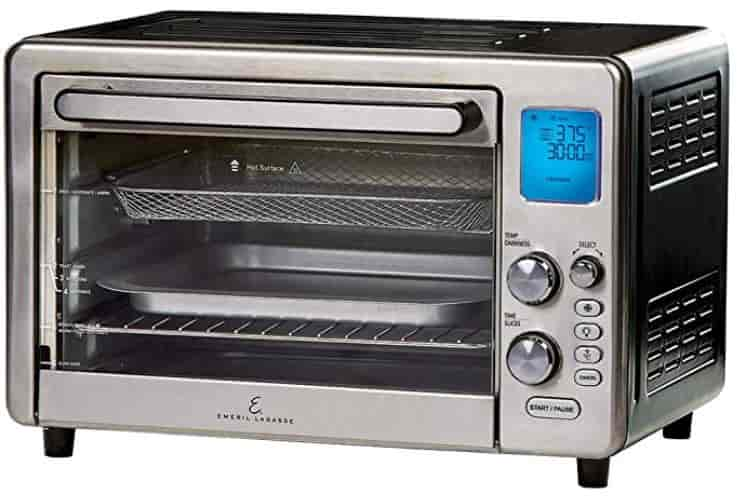Air Fryer Toaster Oven for cooking, roasting, toasting, air frying and rotisserie cooking.